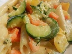 Penne mit gemuese Zucchini, Penne, Vegetables, Food, Al Dente, Vegetarian Main Dishes, Carrots, Easy Meals, Kochen