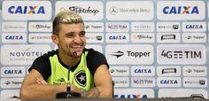 BotafogoDePrimeira: Victor Luis já enfrentou Arnaldo pelo Palmeiras e ...