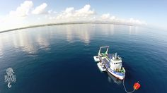 Plongée à 30 metres Sous-marin