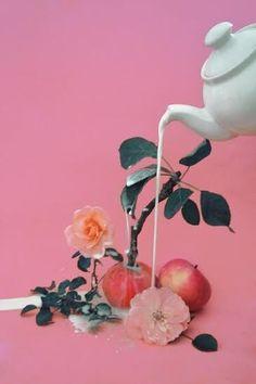 art direction magic apple tree - still life by Dom Sebastian Kitsch, Design Set, Deck Design, Vaporwave, Still Life Photography, Art Photography, Fashion Photography, Pastel, Arte Pop