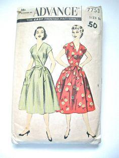Vintage 50s  Advance 7753 sewing pattern to make wrap by Fancywork