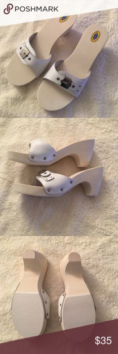 Dr. Scholl's Vintage Platform Sandals. New! Sz 9M Dr. Scholl's Vintage Platform Sandals. New! Size 9M.  White Leather.  ✨Brand New - Never worn. ✨ Dr. Scholl's Shoes Heels