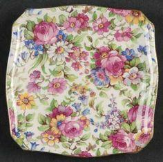 Old Plates, Vintage Plates, Vintage Tea, Large Fruit Bowl, Salt And Pepper Set, Blue China, China Patterns, Sweet Tea, Carnival Glass