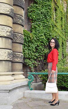 Angielska elegancja spódnica uszyta z kratki w stylu Burberry Burda Patterns, Burberry, Blog, Blogging