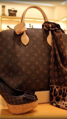 Louis Vuitton - http://LUXURY.COM