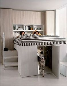 Awesome 99 Totally Cool Tiny Apartment Loft Space Ideas. More at http://99homy.com/2017/12/31/99-totally-cool-tiny-apartment-loft-space-ideas/