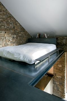 i'd probably die falling off this bed, but it's cool