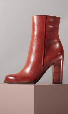 A sleek side-zip bootie is destined to be a go-to this season thanks to its well-balanced, stacked heel and easygoing round toe. @Nordstrom