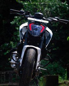 Image may contain: motorcycle and outdoor Duke Motorcycle, Duke Bike, R15 Yamaha, Ktm Super Duke, Ktm Duke 200, I Miss My Dad, Ktm Motorcycles, Ktm Rc, Bike Photoshoot