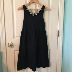NWOT Navy Blue babydoll dress NWOT Navy Blue babydoll dress! So comfortable and perfect to dress up or down! Never worn GAP Dresses Mini