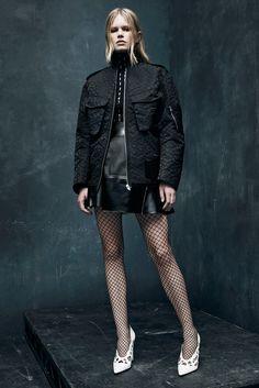 Alexander Wang Pre-Fall 2015 Fashion Show - Anna Ewers