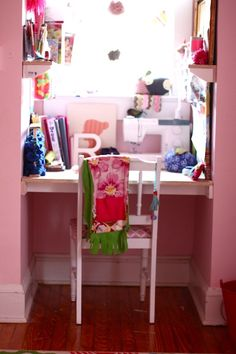 "In her post called ""Anatomy of a Craft Nook"" Annabel Wrigley at Little Pincushion Studio describes how she set up this space for her daughter.  I would have LOVED this as a little girl."