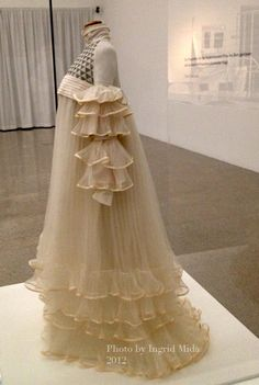 Reform dress (tea gown?), early 1900s. Exhibition at Museum of Modern Art (MUMOK), Vienna.