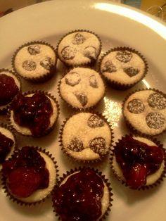 Tiny Cheesecakes