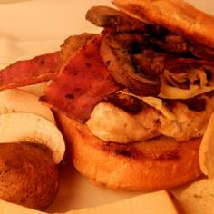 A delicious alternative to the classic beef burgers. Burger buns are filled with grilled turkey burgers, bacon and Gouda cheese. Why not try them out at your next summer barbecue? Grilled Turkey Burgers, Beef Burgers, Burger Buns, Summer Barbecue, Turkey Bacon, Allrecipes, Savoury Recipes, December 2013, Cooking