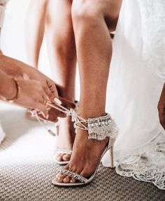"""21 Creative Wedding Photo Ideas with Bridesmaids and Groomsmen Would you choose simple or embellished shoes for your big day?Shoes by Badgley Mischka"""" Luxury Wedding, Dream Wedding, Fantasy Wedding, Yellow Wedding, Wedding Beauty, Rose Wedding, Wedding Card, Wedding Bouquet, Wedding Things"""