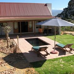 Petersfield Citrusdal Self-catering Farm Cottages - De Veepos. Hiking, mountain biking, own dip pool. Long waiting list, but worth the wait :) Natural Spring Water, Farm Cottage, Waiting List, Plunge Pool, Stunning View, Jacuzzi, Mountain Biking, Cottages, South Africa