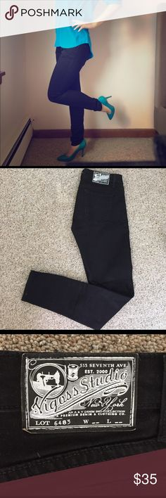 Vigoss Studio Black Skinny Jeans Black, stretchy, pencil leg jeans. Like new, only worn once. 98% cotton 2% spandex. Vigoss Jeans Skinny