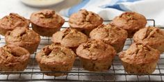 Delicious banana bread flavour in a portable muffin. Popular Cookie Recipe, Best Cookie Recipes, Muffin Recipes, Cupcake Recipes, Bread Recipes, Banana Bread Cake, Banana Bread Muffins, Baking Muffins, Bisquick Recipes