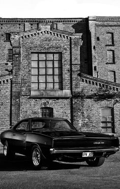 Even more beautiful in black and white! If you have a Dodge Charger, check out w… Even more beautiful in black and white! If you have a Dodge Charger, check out www.morrisclassic… for seat belts and lap belts! Vintage Jeep, Muscle Cars Vintage, Custom Muscle Cars, Vintage Cars, Dodge Charger 1968, Hot Cars, Dodge Srt, Dodge Challenger, F12 Berlinetta