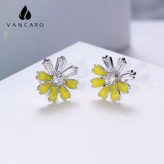 Flower Earrings For Women Classic Daisy Stud With CZ Inlaid Copper Earrings, Women's Earrings, Photo Engraving, Ring Size Guide, Flower Earrings, Daisy, Classic, Flowers, Gifts