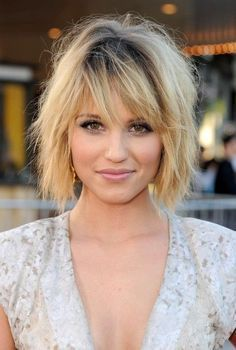 Best Short Ombre Hair: Dianna Agron Layered Messy Short Bob Hairstyle with Bangs