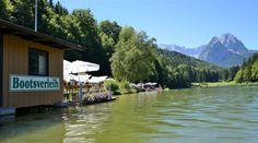 Bootsverleih am Riessersee, Blick vom Strandbad am See, Garmisch-Partenkirchen, Bayern - http://www.riessersee.com/