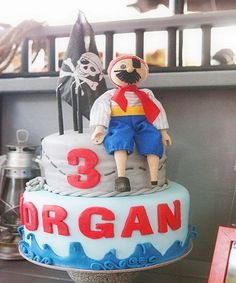 Pirate Cake Idea!   #birthdayideas #Partyideas #UniqueCakes https://www.facebook.com/yuya.paperie