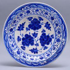 Piatto timuride bianco e blu