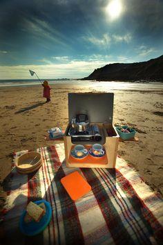 Der Picknick-Pod aus Cambee.co.uk soll Camper van Leben und camping mehr Spaß machen.  Aktuell haben wir auf Lager Orange, Meer blau und rosa. Dieser Verkauf ist für einen rosa Pod, aber es gibt Sie in allen 6 Farben Meer jade, Meer blau, rot, Pink, hellgrün und Orange wie auf den Bildern jedoch angezeigt, wenn Sie eine andere Farbe wünschen kontaktieren Sie uns und wir geben Ihnen eine Vorlaufzeit.  Seine grundlegende Außenküche für diesen Morgen Fry ups, oder für einen Ausflug an den…