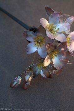 簪作家榮 2011 ソメイヨシノ簪 Japanese hair accessory -Cherry Blossom Kanzashi- by Sakae, Japan   http://sakaefly.exblog.jp/   http://www.flickr.com/photos/sakaefly/