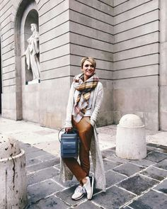 Brown + grey = perfect match! <3 Grab your backpack from YVY BAGS by Carmen Negoiță and be fabulous!   #loveYVYBAGS #leatherhandbags #YVYBAGSfactory #BrandEst1969 #bags #fashion #style #accesoriess #leathergoods #bagsaddict #bagslovers #bagstagram #bagsoftheday #spring #yvystagram #createdwithlove #wearITtoWalk Carmen Negoita