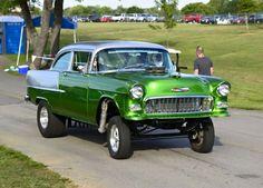 55 Chevy STRAIGHT-AXLE, DualQuad/Fender Well Header/LadderBar Green GASSER!!!