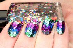 Inspirações de unhas decoradas para o Carnaval!   esmaltes unhas carnaval fotos glitter colorido arco iris polishallthenails