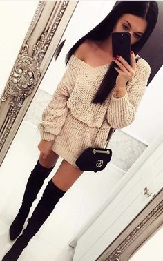 white knitted v-neck long-sleeve mini dress and black knee- high boots outfit Black Knee High Boots Outfit, White Boots, Mode Unique, Winter Dress Outfits, Fashion Mode, Weekend Outfit, Long Sleeve Mini Dress, Trendy Outfits, Clothes For Women