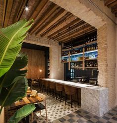 Designed by Donaire Arquitectos, Perro Viejo was converted from a heritage home into a tapas bar & restaurant, representing a prefect union of old and new. Design Bar Restaurant, Deco Restaurant, House Restaurant, Tapas Bar, Deco Cafe, Design Exterior, Dark Interiors, Commercial Interior Design, Cafe Interior