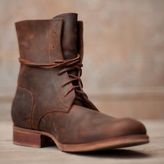 A little rich for my blood but as the fall beckons, so does the appeal of these Peter Nappi's boots Botas cafés Mode Masculine, Leather Men, Leather Boots, Kleidung Design, Mens Boots Fashion, Motorcycle Boots, Men S Shoes, Casual Boots, Timberland Boots