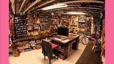 DESK where creativity is born - Maxó Rennella Studio http://desk.cmiscm.com/#/desk/maxo-rennella-studio