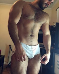 The Bear Underground Archive19,000+ posts of the hottest hairy men around the globe