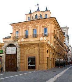 Palazzo de Majo, Chieti, Abruzzo, Italy