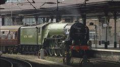 Restored steam train returns to Darlington | Tyne Tees - ITV News