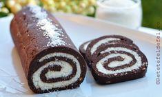 Rulada de biscuiti cu nuca de cocos,un desert simplu si gustos,care nu necesita … Romanian Desserts, Romanian Food, Sweets Recipes, Cookie Recipes, Food Cakes, Amazing Cakes, Coco, Sweet Treats, Deserts