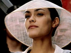 Shannyn Sossamon in a Knights Tale...her style in this movie was incredible!