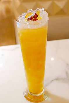#ediblegold #goldeleaf #drink #voguecafedubai. One of the most famous drink served at Vogue Cafe Dubai is the  Golden Lemonade which is a citrus blend of fresh lemon juice mixed with Vogue Cafe's 72-hour infused homemade golden syrup with flavors of honey and rosemary, sprinkled with 24-carat edible gold flakes.