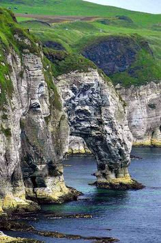 Natural Arch On The Irish Coast, Ireland. I am so looking forward to going to Ireland with my sister! Places Around The World, Oh The Places You'll Go, Places To Travel, Places To Visit, Ireland Travel, Dream Vacations, Wonders Of The World, Beautiful Places, Scenery