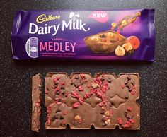 A new variety of chocolate bars is on the chocolate block and goes by the name of Cadbury Dairy Milk Medley Fudge and Raspberry & Nut. Dairy Milk Chocolate, Cadbury Dairy Milk, Cadbury Chocolate, Chocolate World, Chocolate Brands, I Love Chocolate, Dairy Free Cookie Dough, Dairy Free Sugar Cookies, Dairy Free Pizza