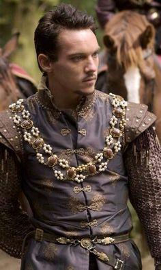 henry viii, The Tudors, and Jonathan Rhys Meyers image Los Tudor, Tudor Era, Tudor Costumes, Period Costumes, Movie Costumes, Renaissance Costume, Renaissance Men, Tudor Fashion, Mens Fashion