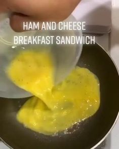 Food Discover Ham and cheese breakfast sandwich Tasty Videos, Food Videos, Recipe Videos, Breakfast Dishes, Breakfast Recipes, Breakfast Sandwiches, Ham Cheese Sandwiches, Ham Sandwich Recipes, Breakfast Ham