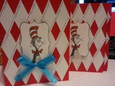 DIY Dr. Seuss - Cat in the Hat Birthday Cards!