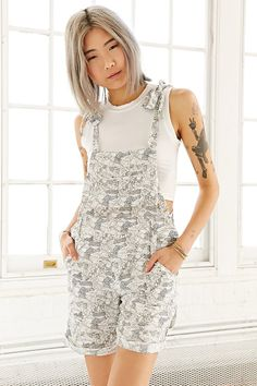Semis Endi Short Overall - Urban Outfitters